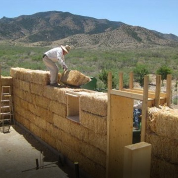 freedomfor_homepage_strawbale_houses