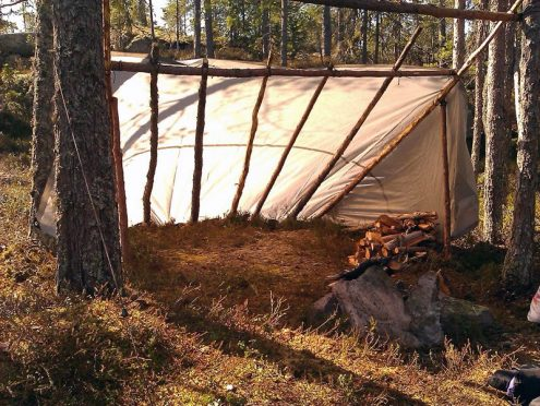 lean-to-shelter_in_sweden_photo_by_knivbutik.se